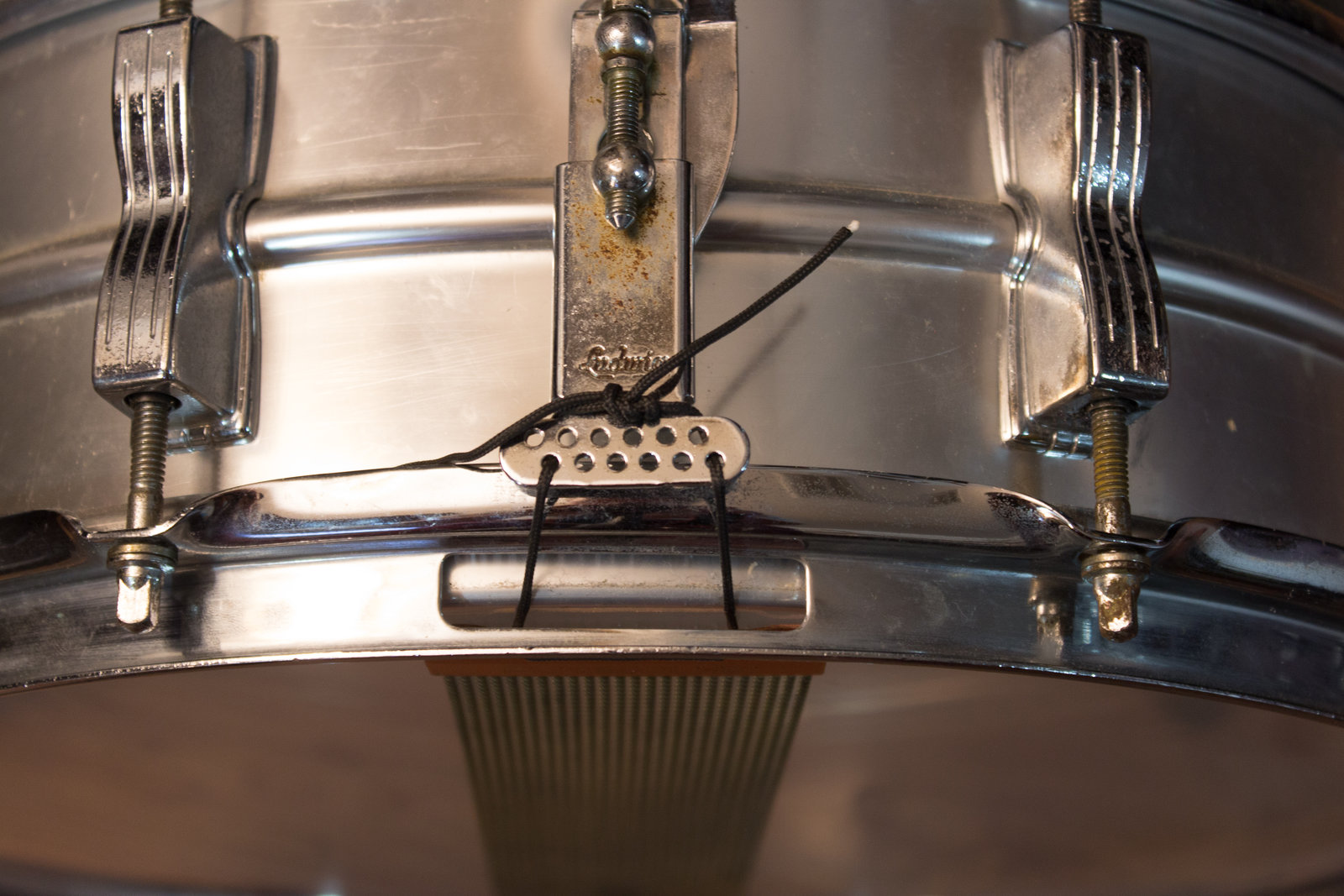 Tying a ludwig supraphonic strainer the best way
