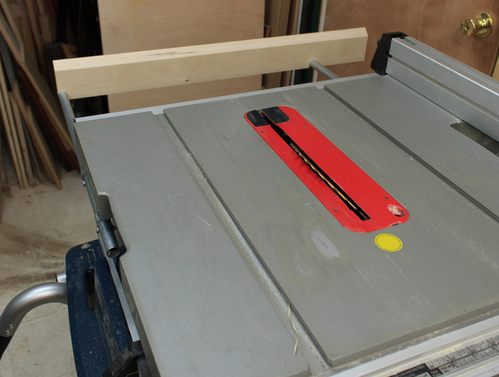 Bosch TS1016 Outfeed Support Assembly for Table Saw